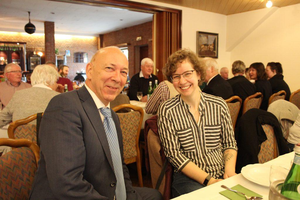 Pastor Hans-Jürgen Friedrichsen mit der dänischen Pastorin Alena Strelow - Foto: Helga Böwadt
